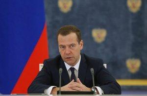 Медведев уверен, что мост через Лену в Якутии будет построен